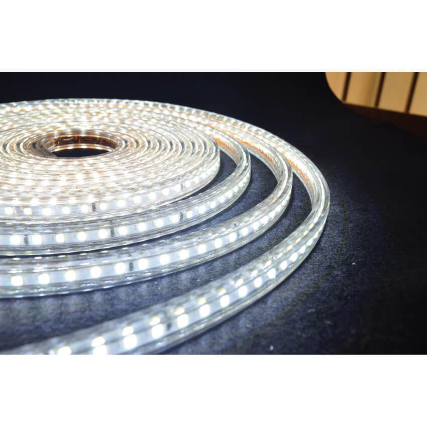 led lichtschlauch 230v rolle l 25 m 120 leds 8 8w und 600 lm pro meter 3000k ausverkauft. Black Bedroom Furniture Sets. Home Design Ideas